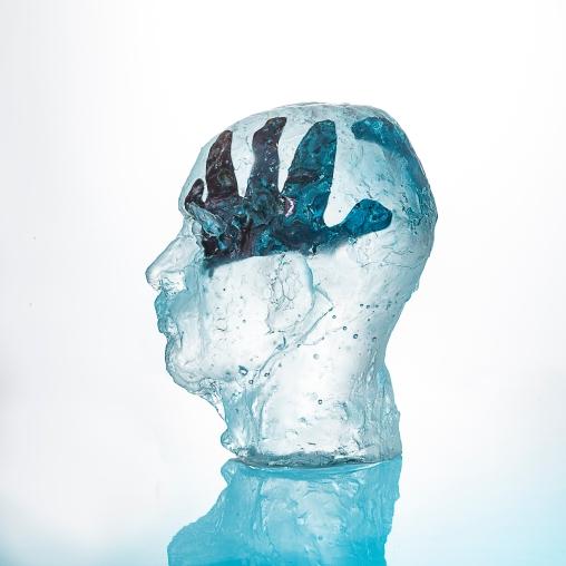07-GLASS-HEAD